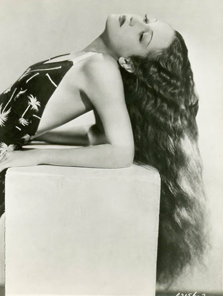 Dorothy Lamour tropical vintge style