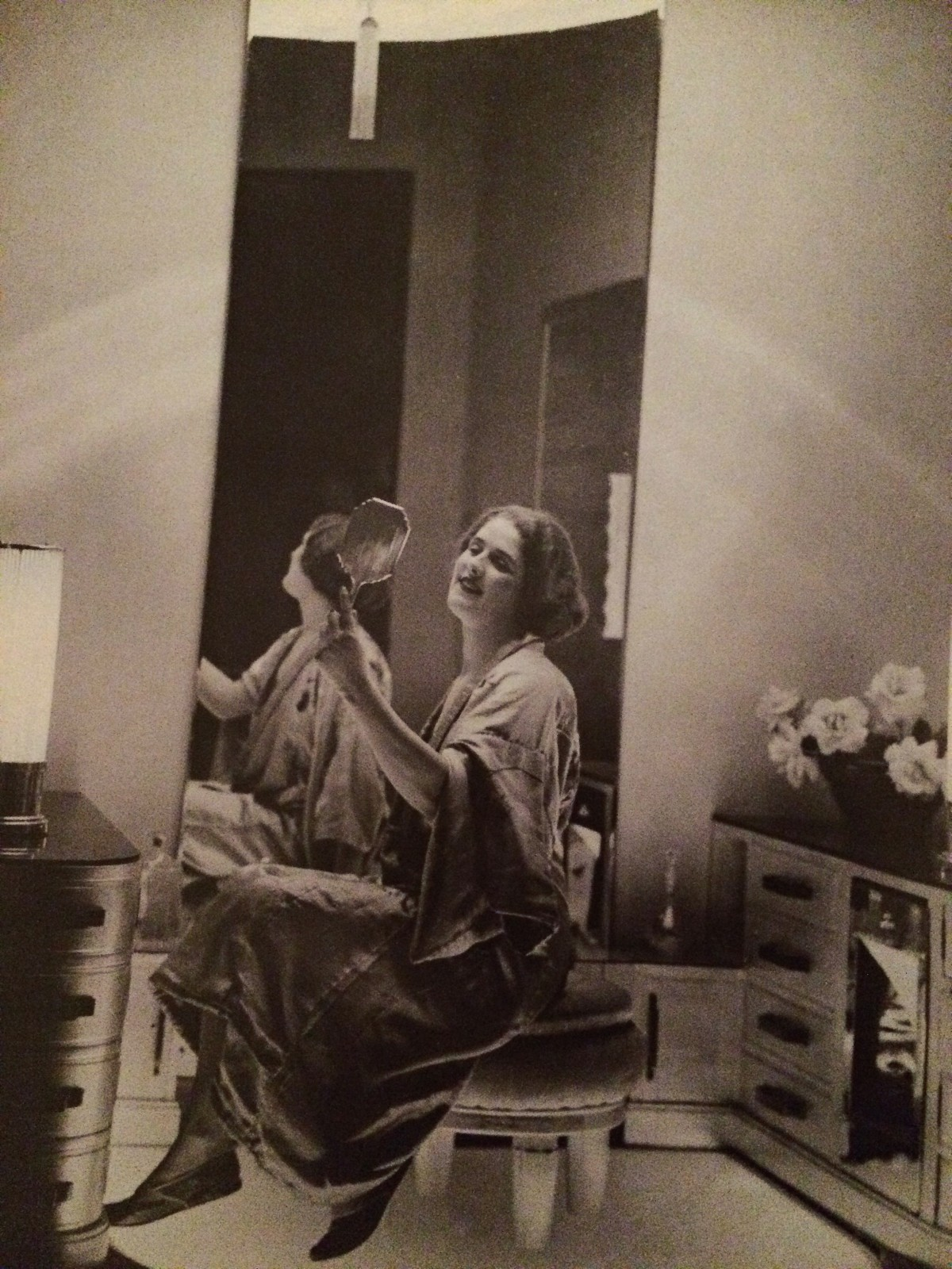 1930s vanity and beauty