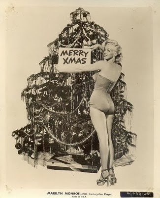 Marilyn Monroe and a christmas tree
