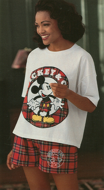 Wide mickey mouse tshirt and wide shorts 90s fashion