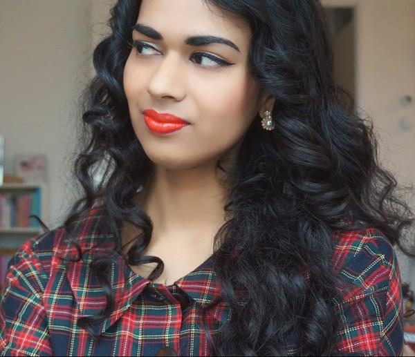 Vintage meets Present makeup: Besame Cosmetics - lipstick Carmine review