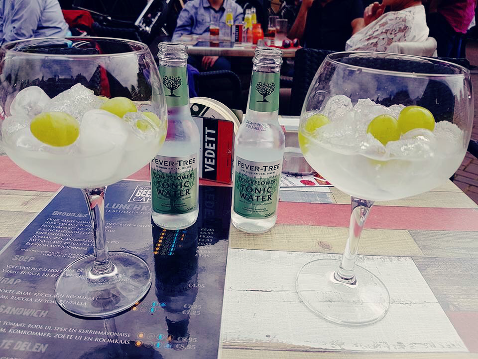 Back to the fifties festival gin tonic