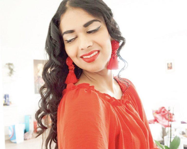 Oriental Spice Modern Vintage blogger red tassel earrings tiki pinup