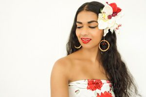 Cover foto tiki pinup summer look
