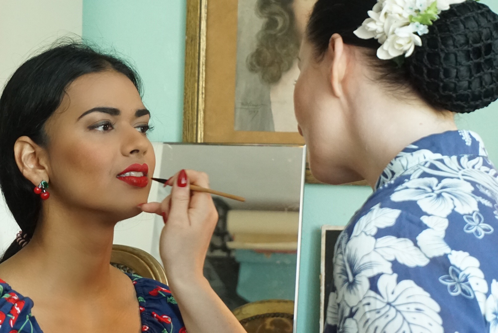 Behind the scenes vintage photoshoot - vintage makeup